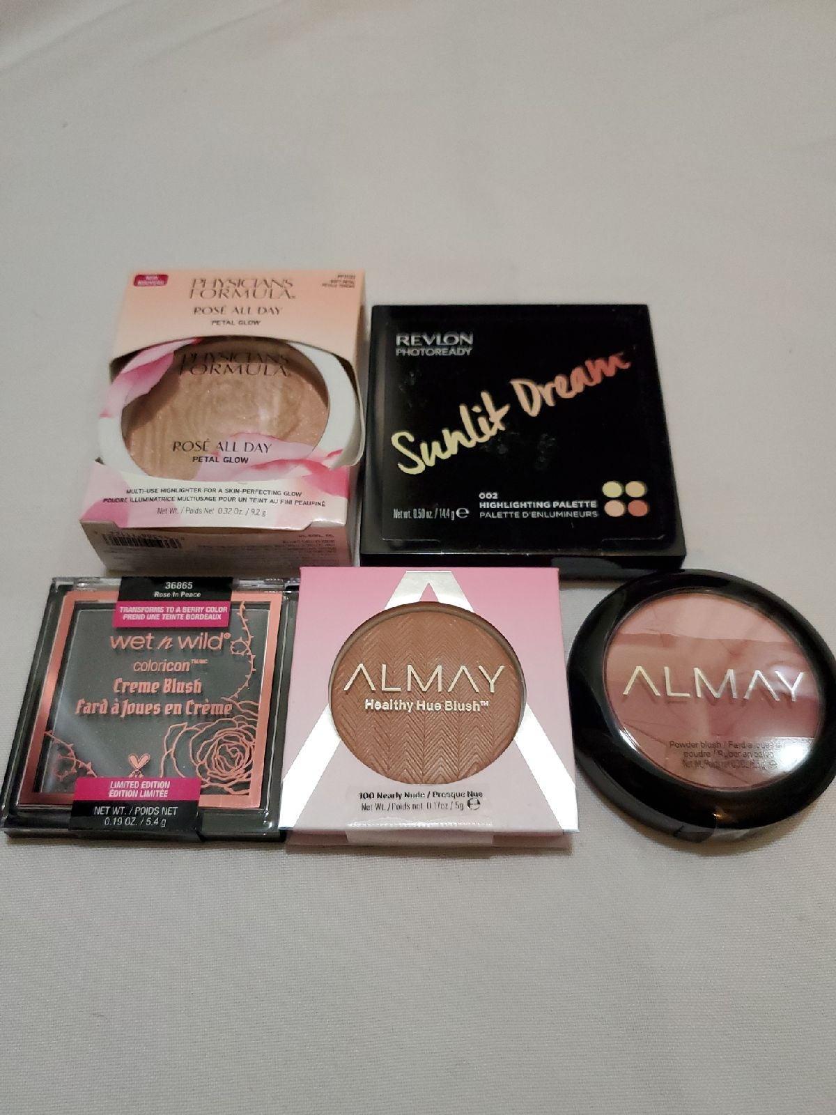 Blush and highlighter bundle