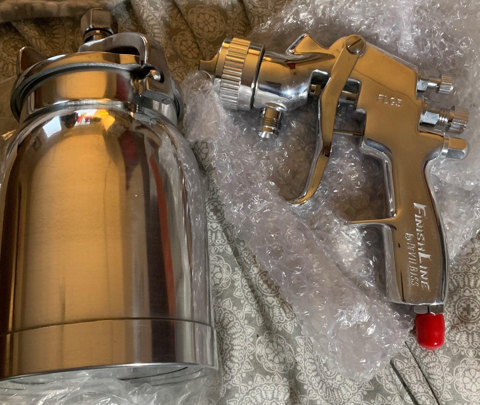 DeVilbiss FLG3 suction feed spray gun