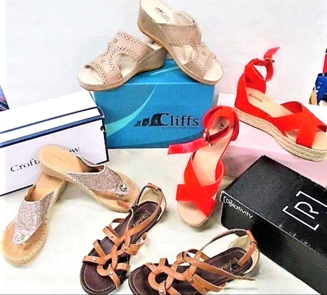 4 Pairs of Sandals - 90% Off