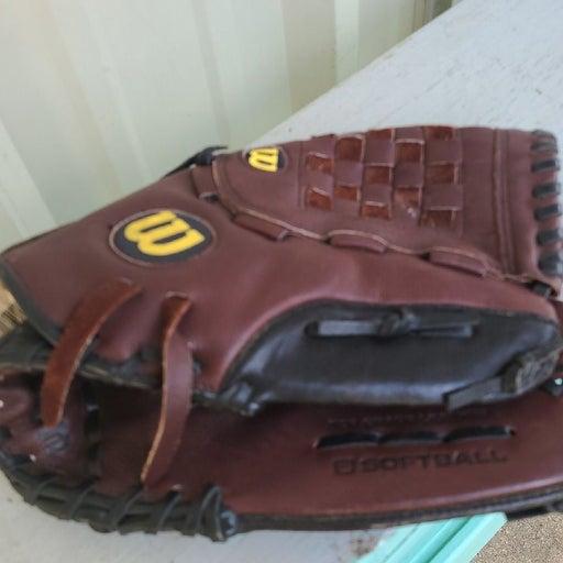 Wilson Elite Softball Glove Over Sized P