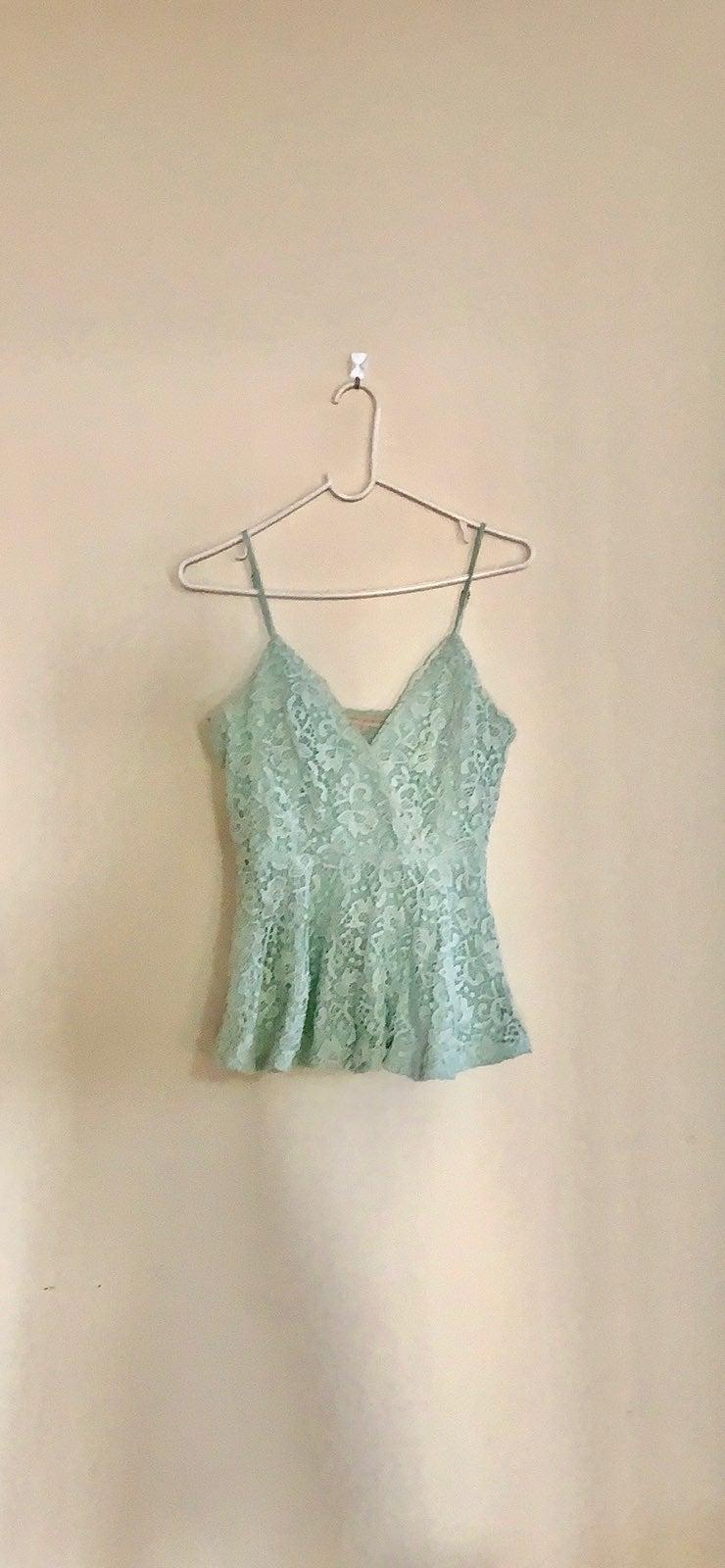 EUC mint green lace peplum top