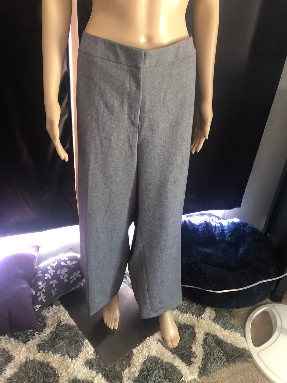 New Apt. 9 Dress Pants 24