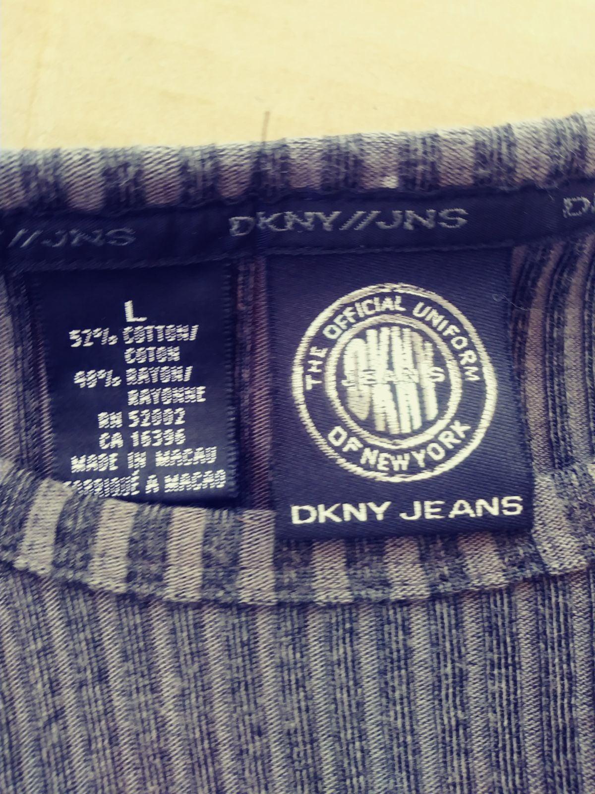 DKNY Top!