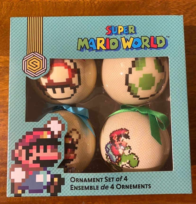Super Mario World 4x ornaments NIB