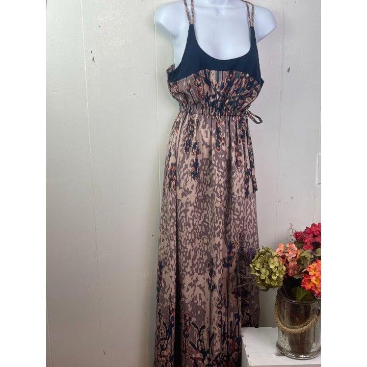 Bar III maxi dress size M