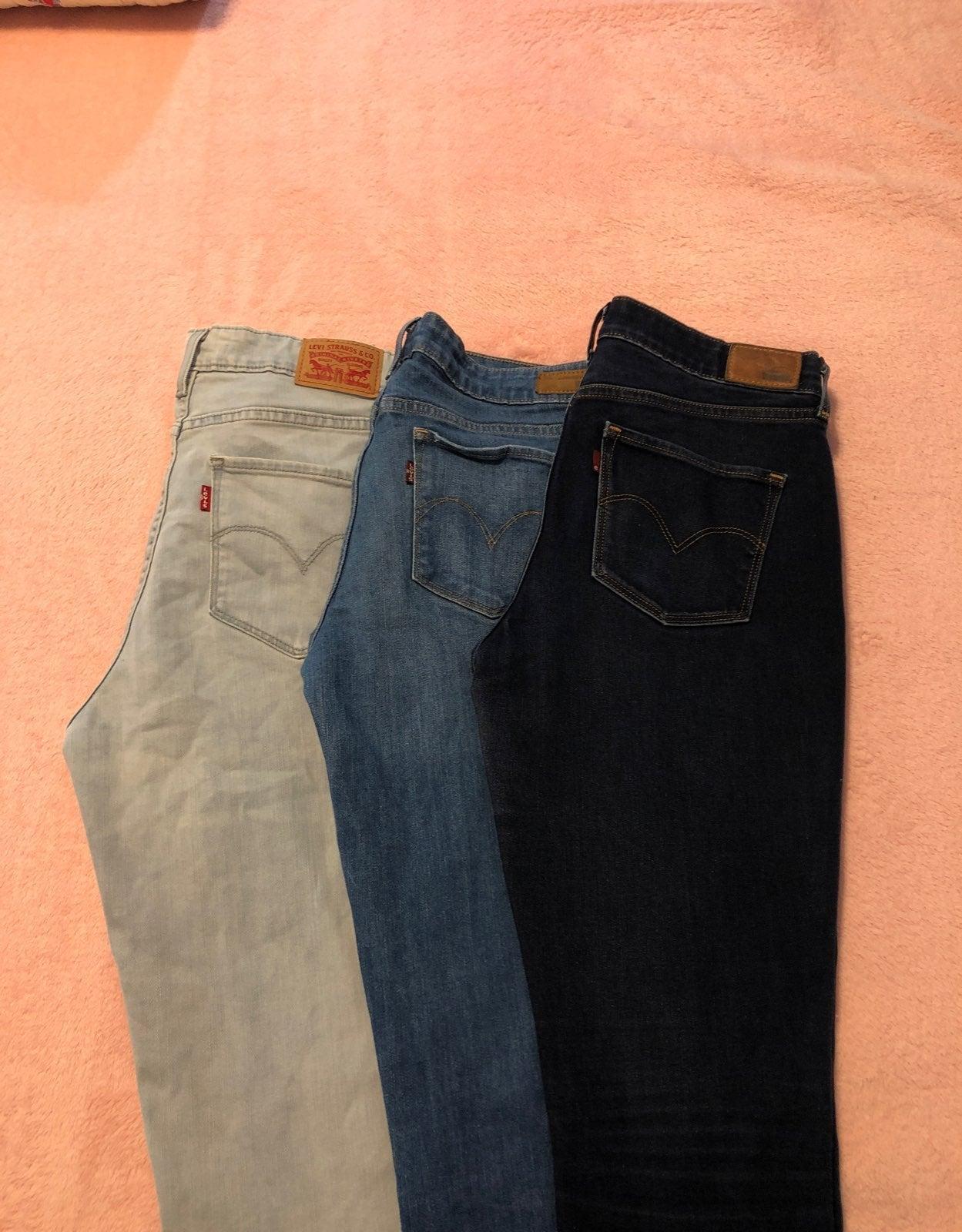 Levi's Skinny Jeans (3) Pair Size 30