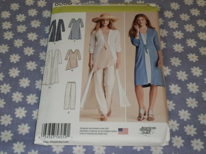 Simplicity 8059 Duster, Dress, Pants,