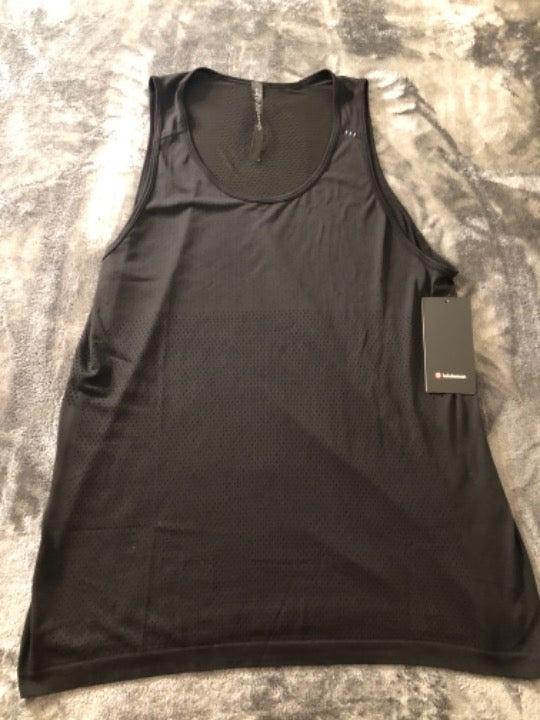 Men's Lululemon Gym Athletic Tank Shirt