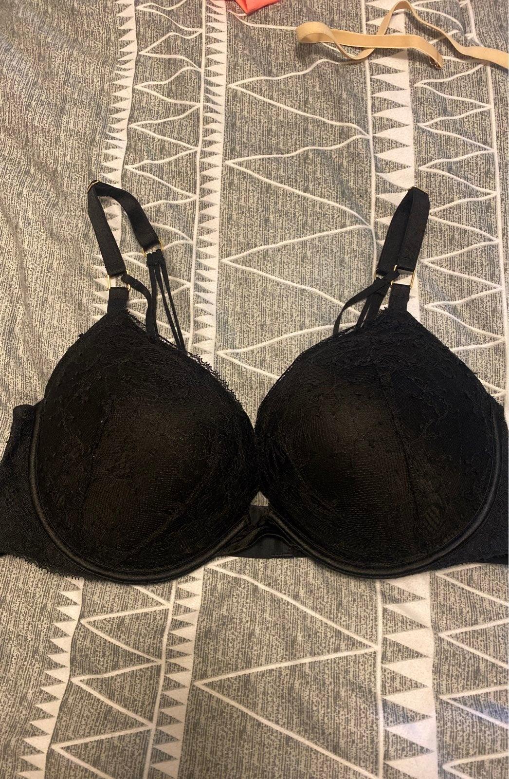 Victorias Secret Very Sexy Pshup Bra 38D