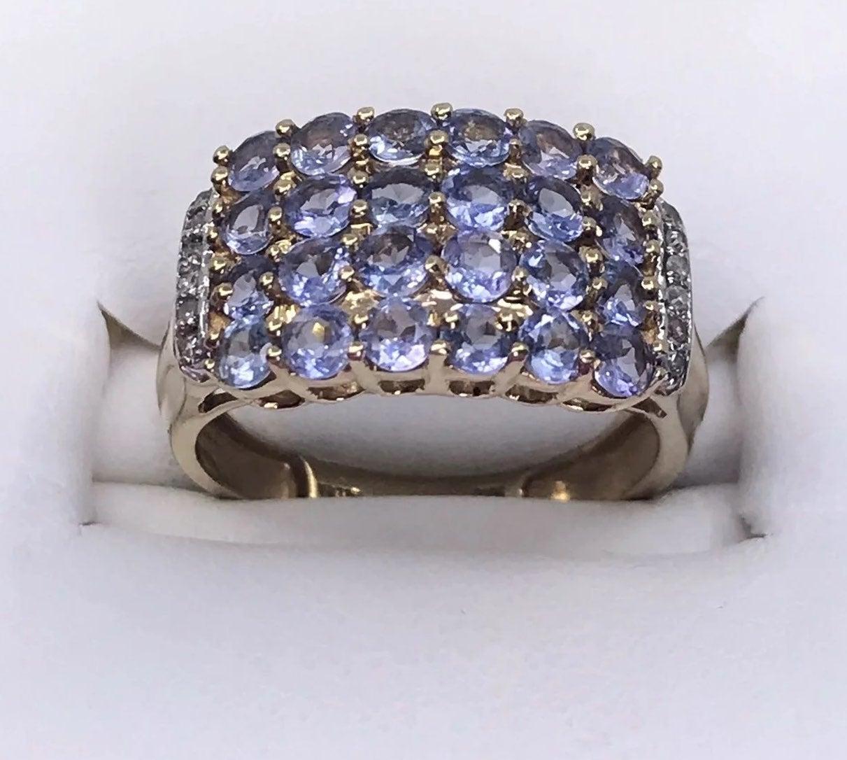 10k Gold Tanzanite & Diamond Ring