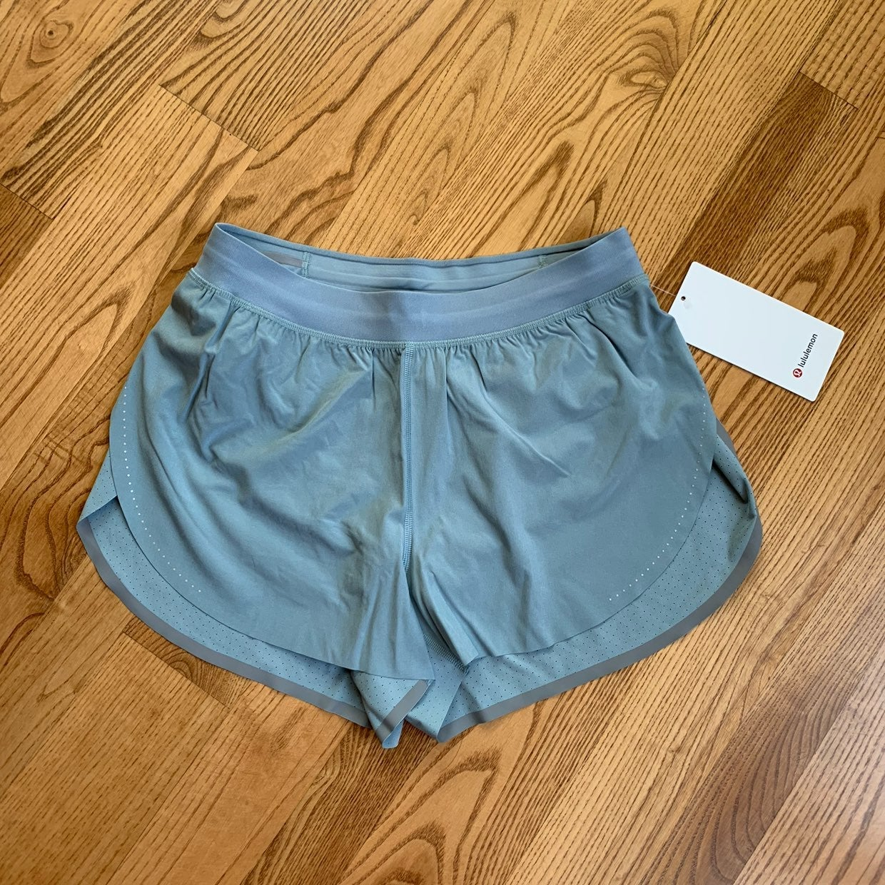 NWT Lululemon Find Your Pace Shorts
