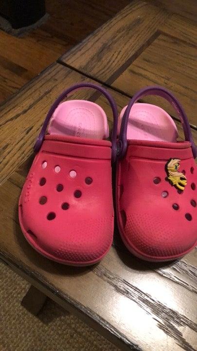 Crocs kids size 10