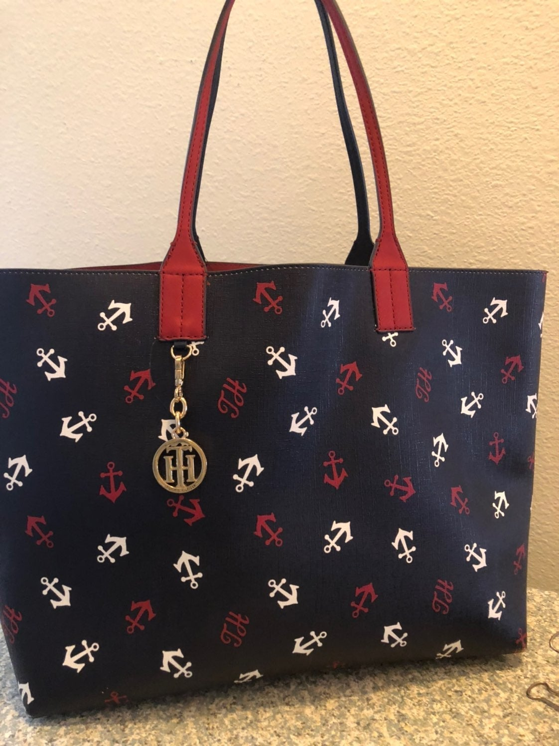Tommy Hilfiger Reversible City Tote