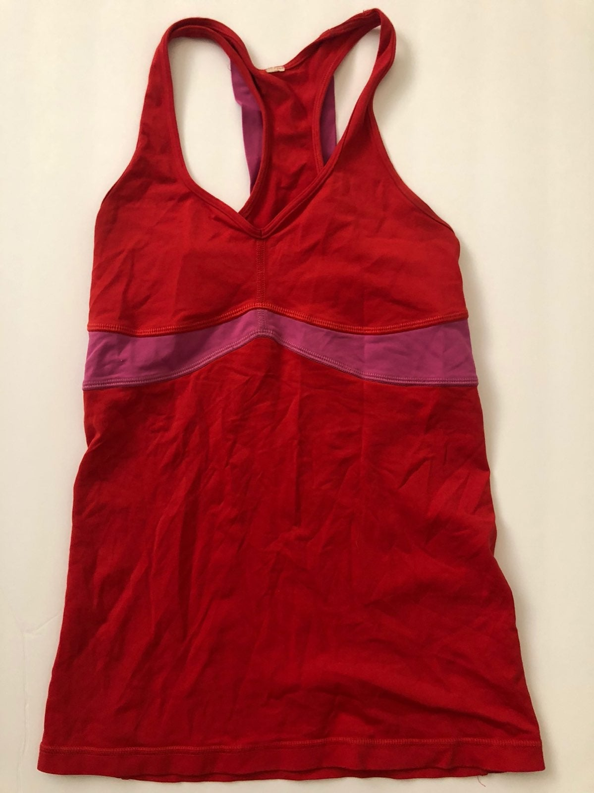 Lululemon curve tank. Red with pink