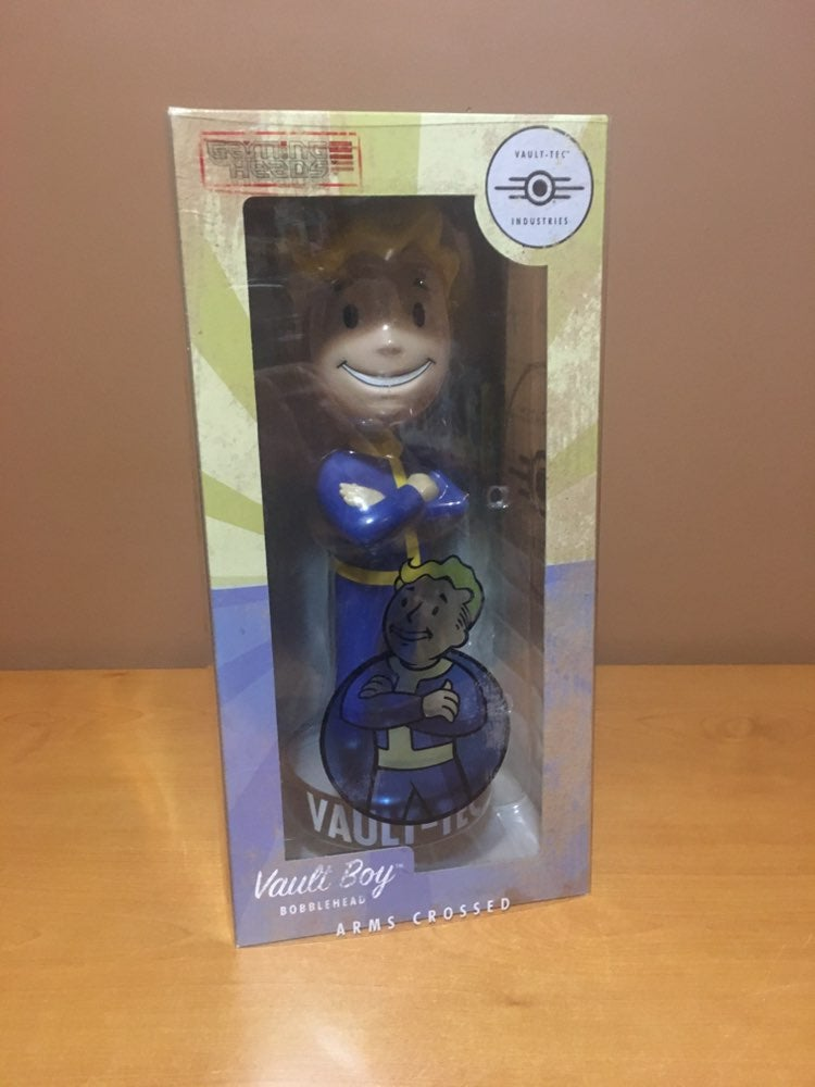 "Fallout 4 12"" Bobblehead Vault Boy New"