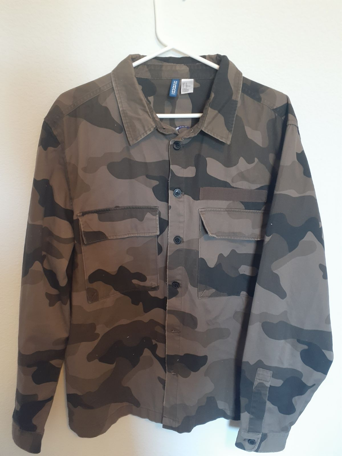 button up H&M shirt