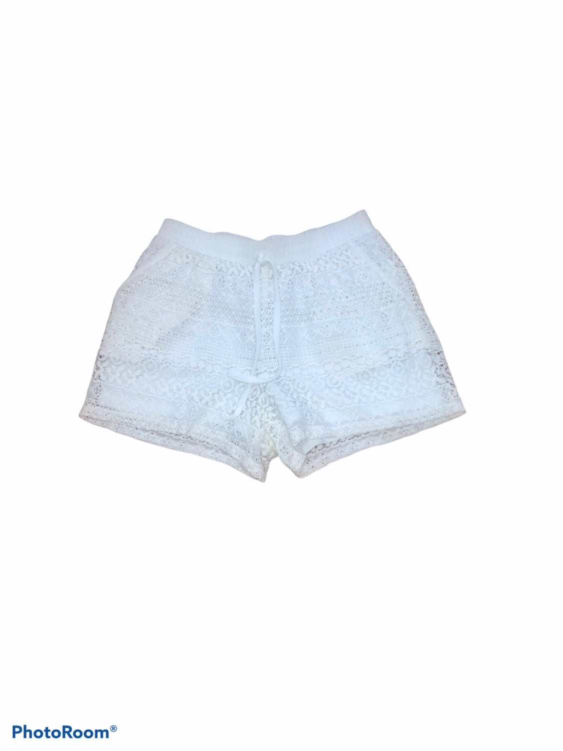 MAURICES White Lace Shorts S