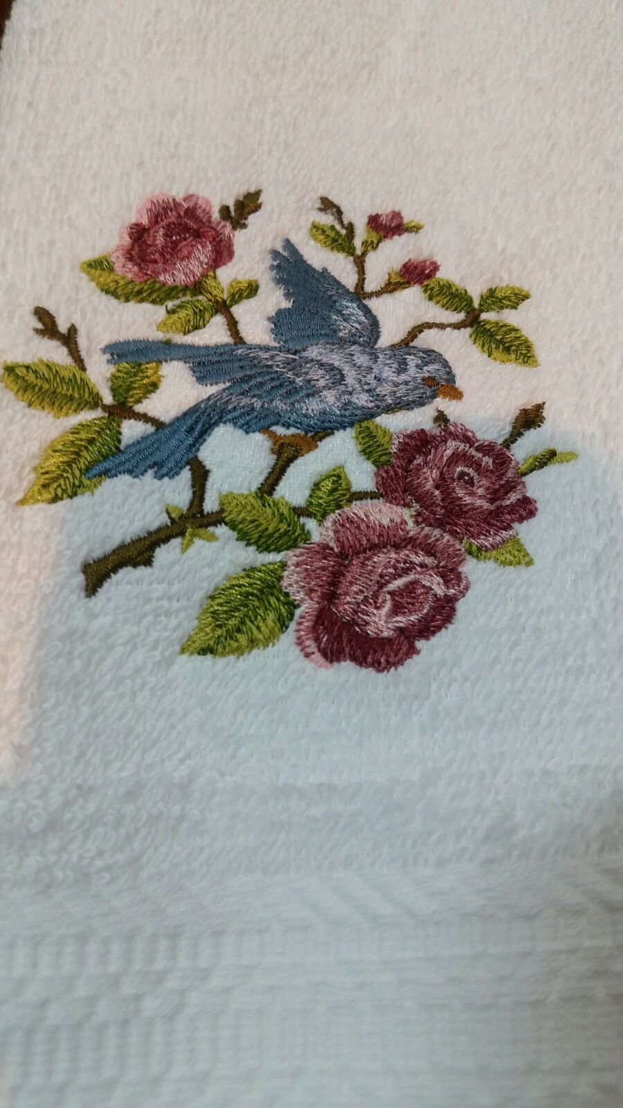 embroidered bluebird roses towel set