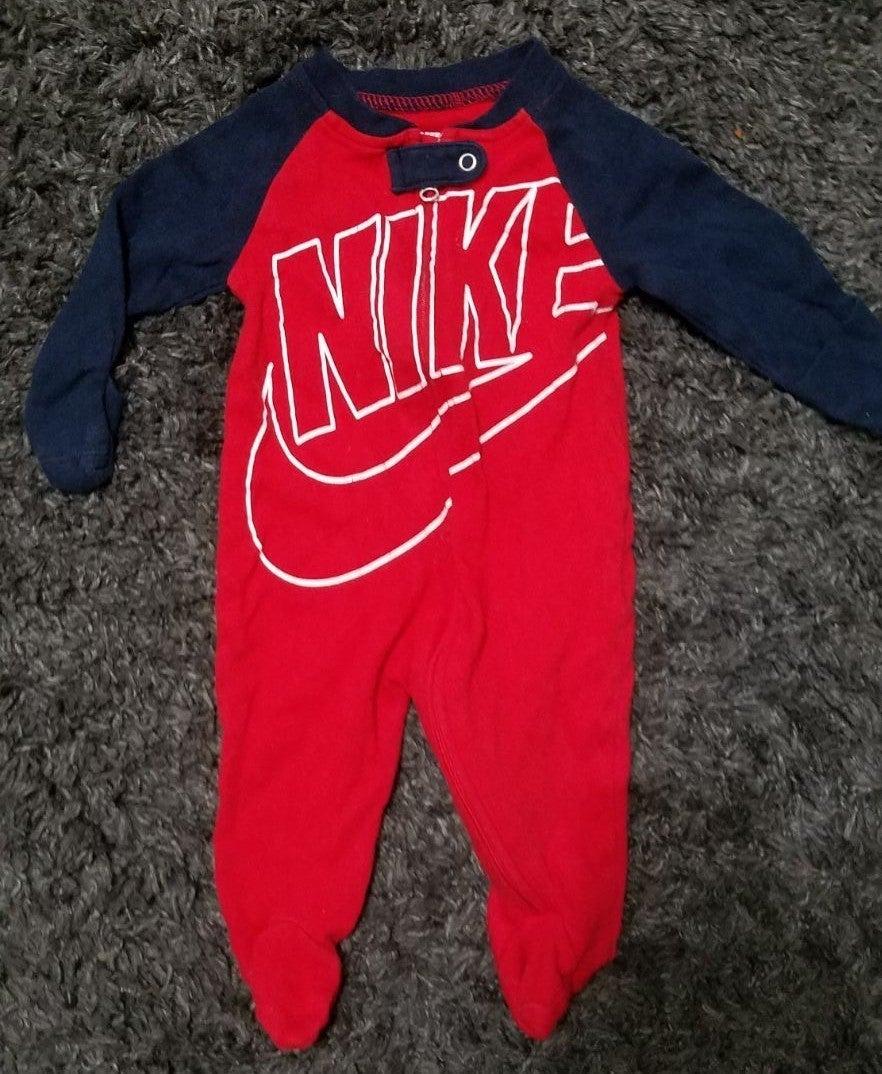 Nike boys 3months