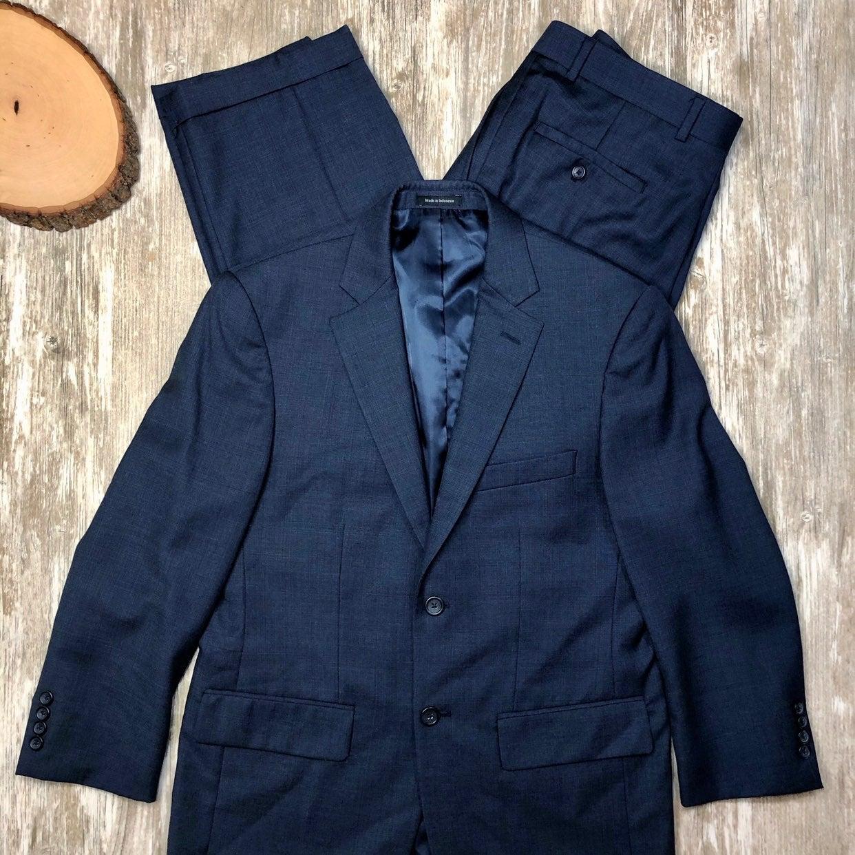 EUC Joseph & Feiss Navy Plaid Wool Suit