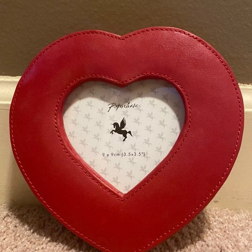 Red Leather Heart Picture Frame