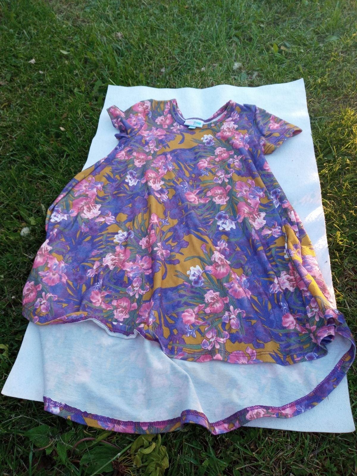 Dress lularoe size 4 flowers hi-low