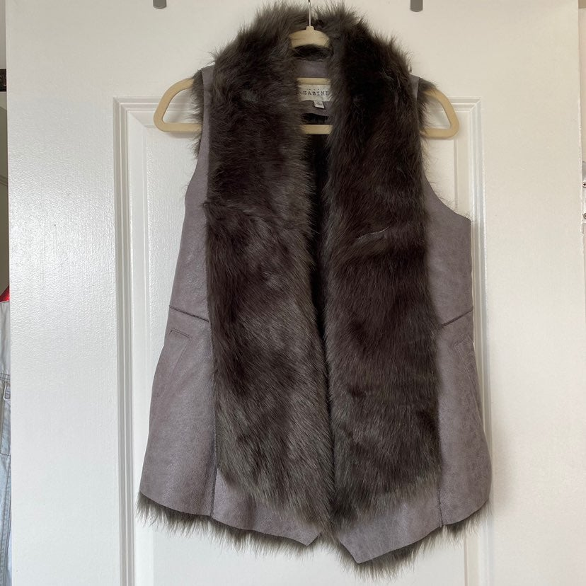 Faux Fur + Suede Vest Grey Metallic Sz M