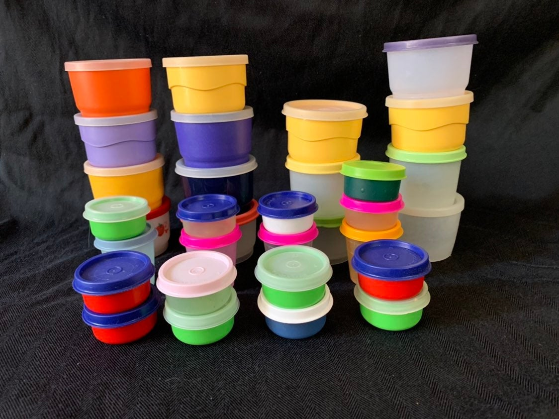 Tupperware Snack Cups Midgets Smidgets