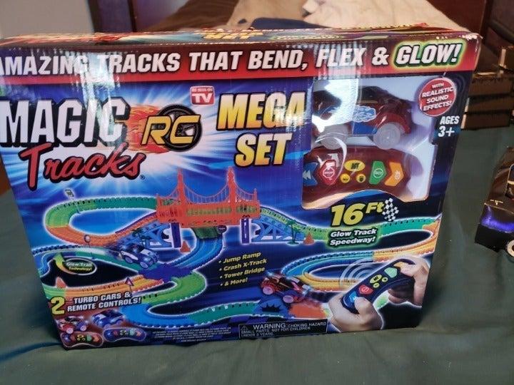 Ontel Magic Tracks Mega RC with 2 Remote