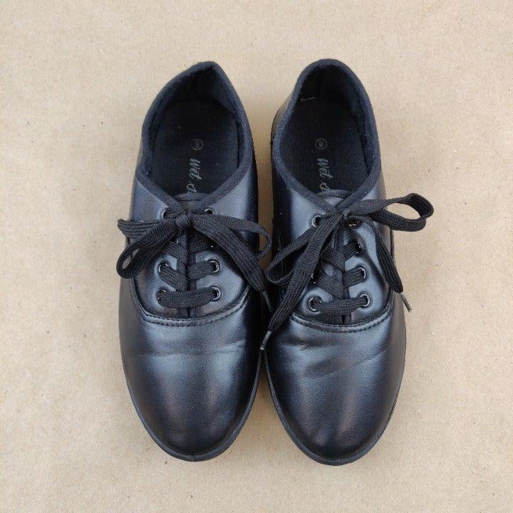 Wet Seal Black Lace Up Shoes Size 8