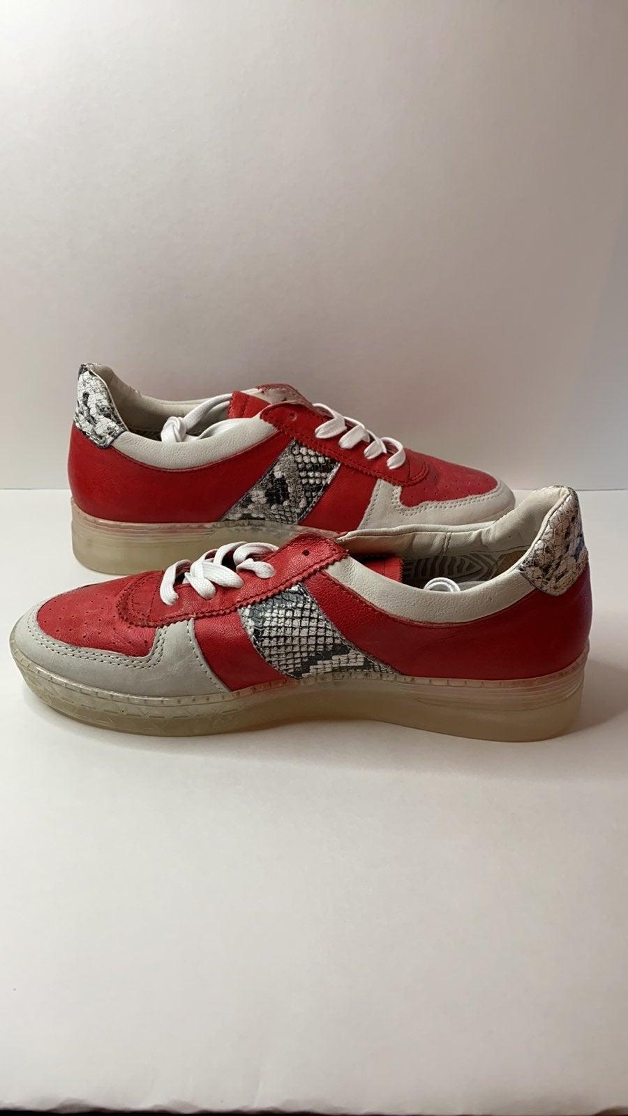 Size 39 Miz Mooz Leather Sneakers - Flip NWOT