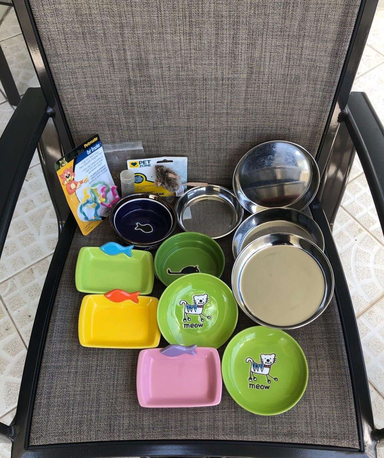 7 pet food bowls