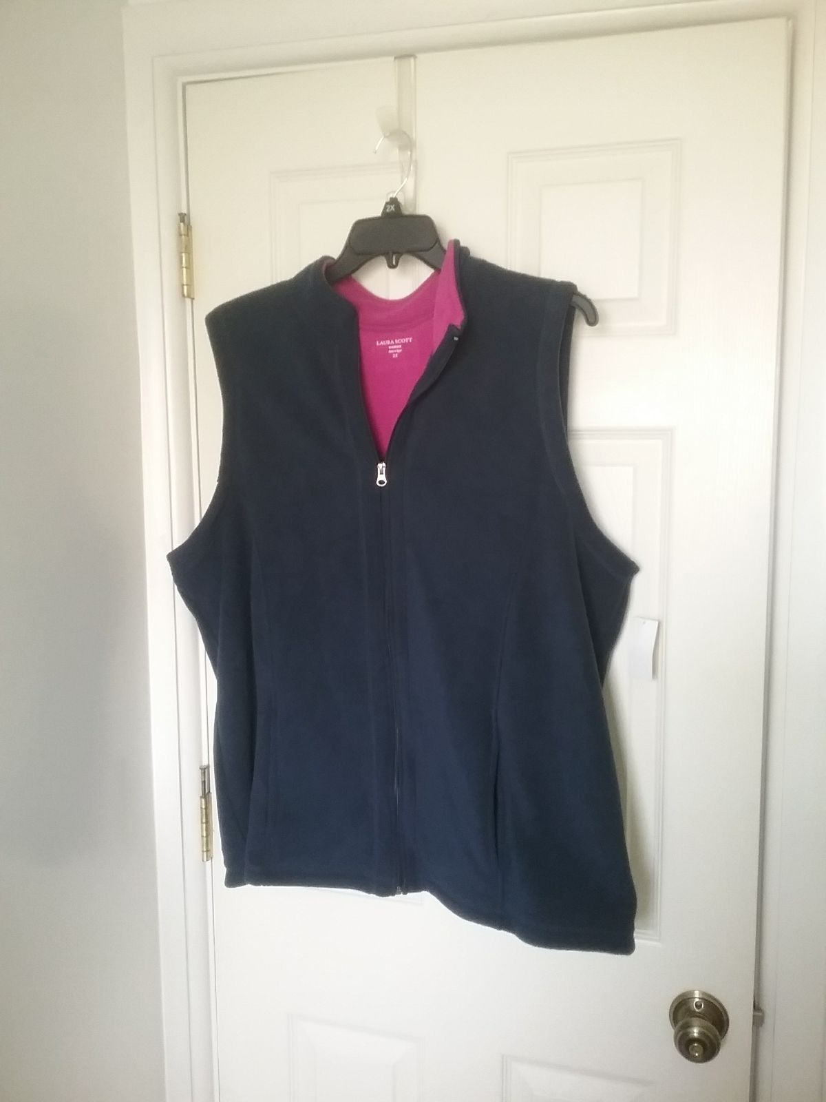 NWT Navy Fleece Vest 3X  Final Price