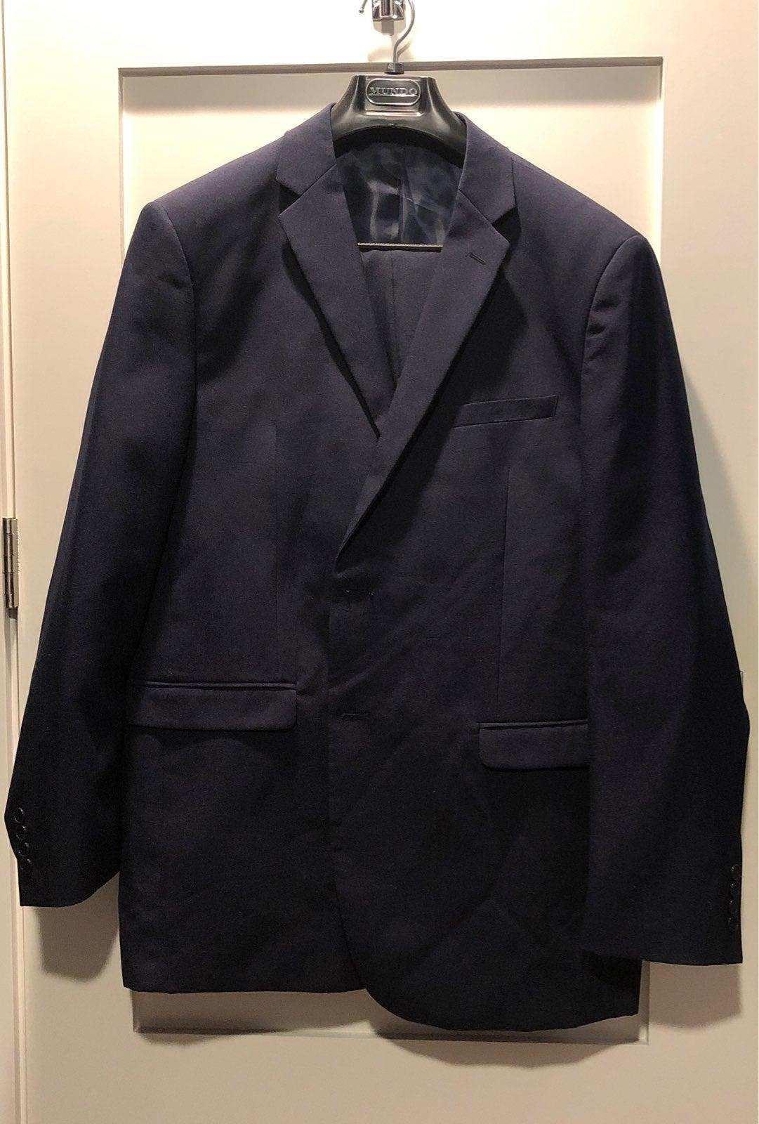 Mundo men's 46L navy blue suit