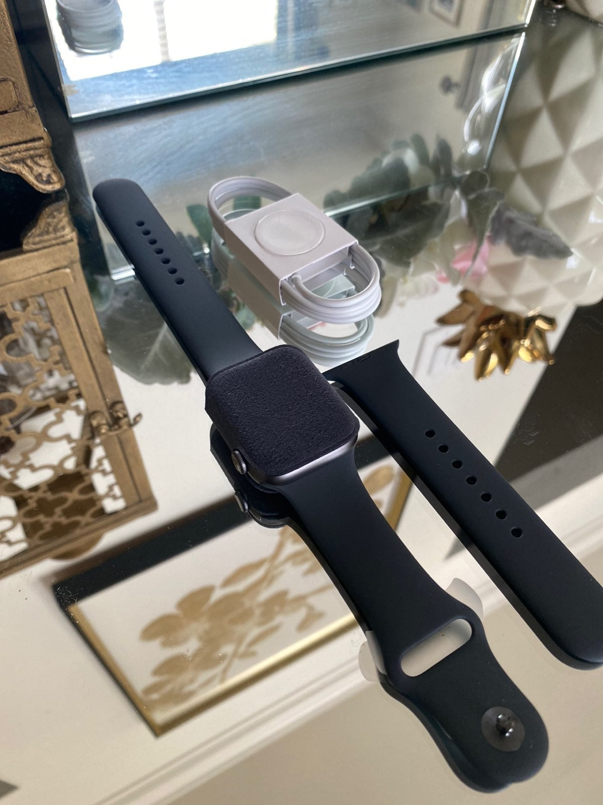Apple Watch Series 5 44mm Aluminum Space