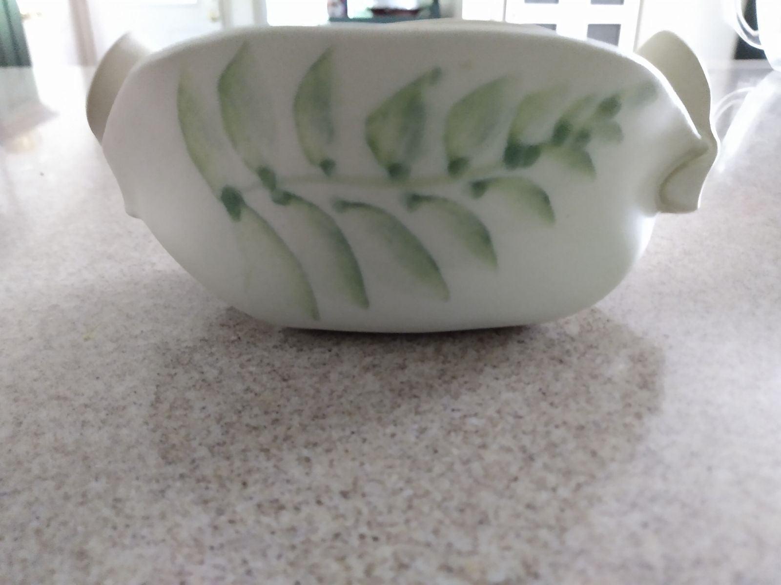 Hilborn pottery pinch pot, serving dish.