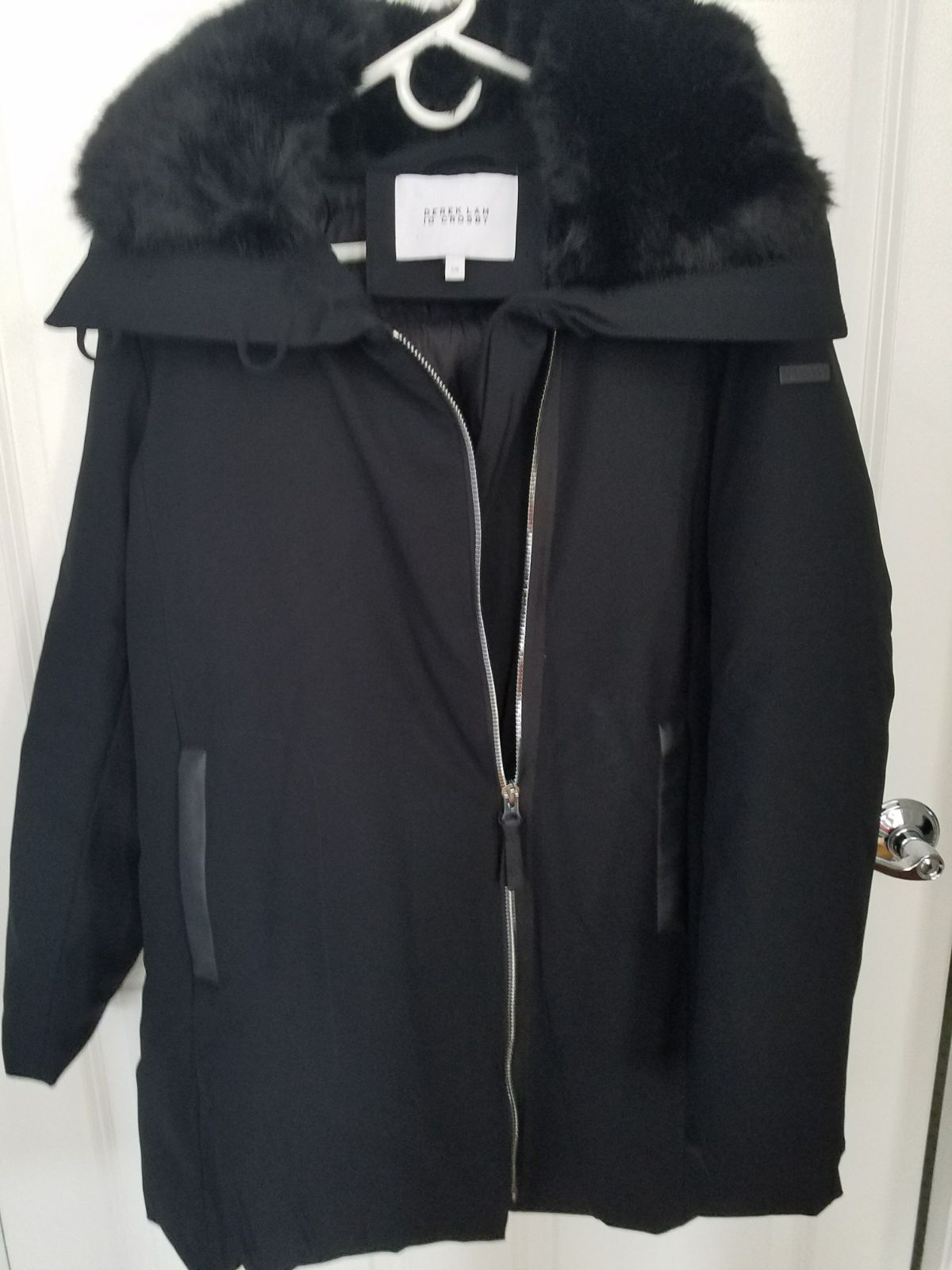 Derek Lam Woman's Winter Coat. BEAUTIFUL