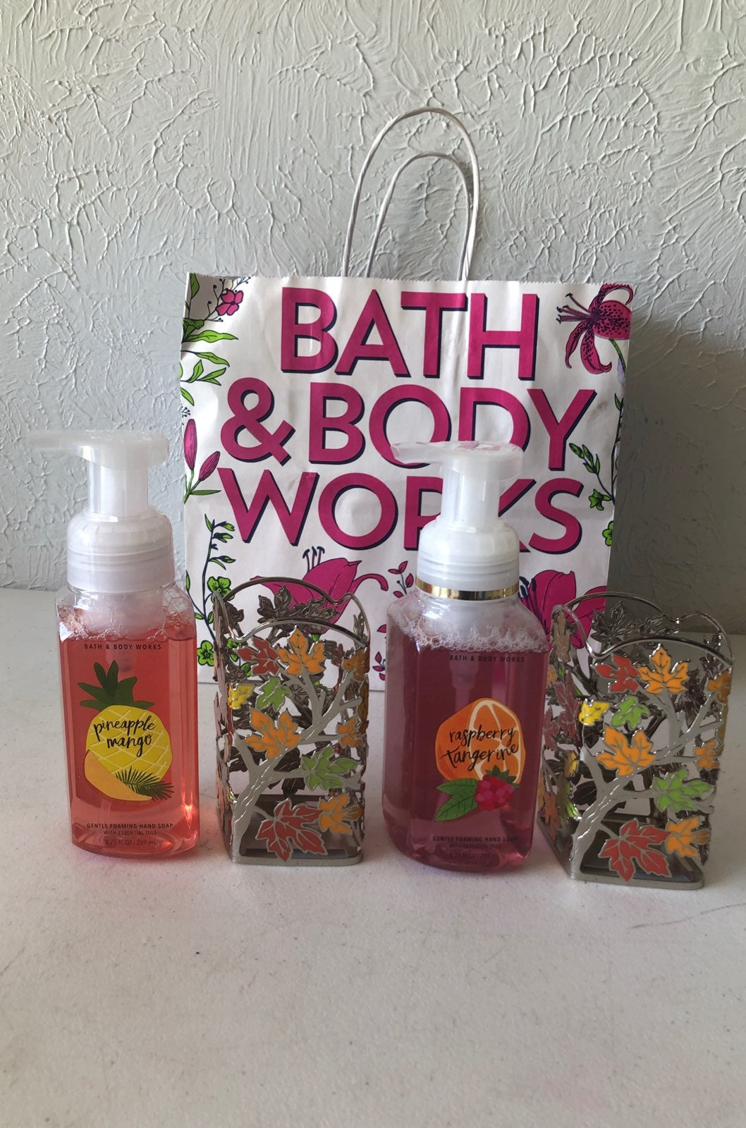 BBW Hand soaps & hand soap holders