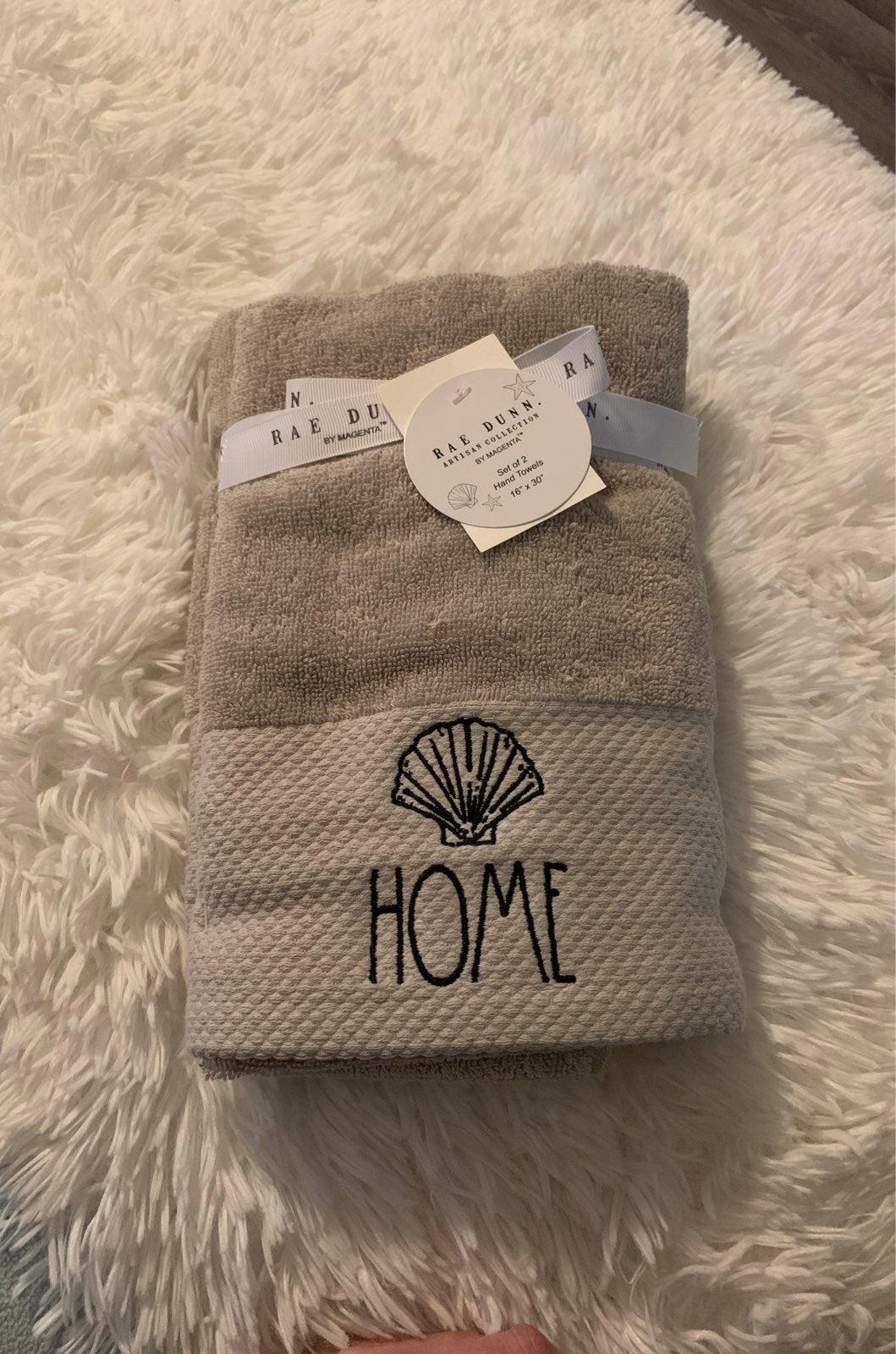 Nwt Rae Dunn grey seashell hand towel