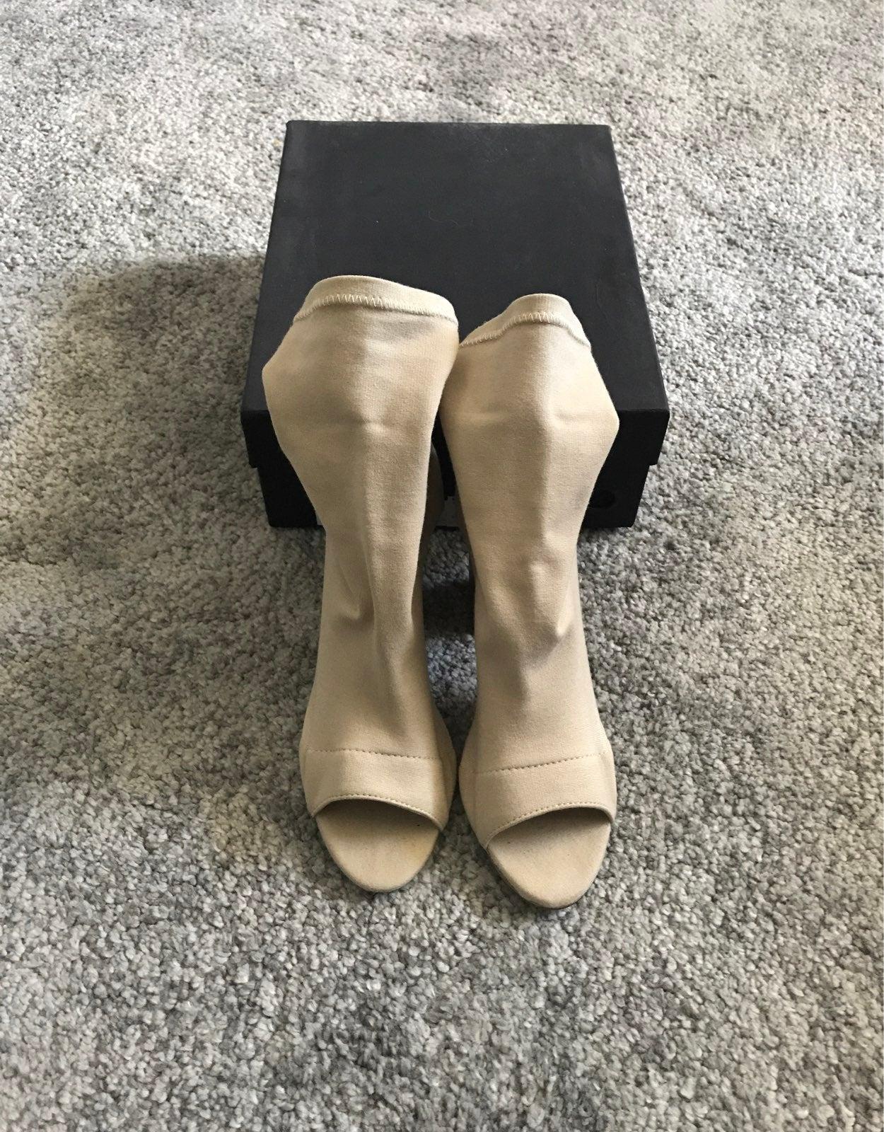 Tony Bianco Heels Malo Size 6.5 Beige Co
