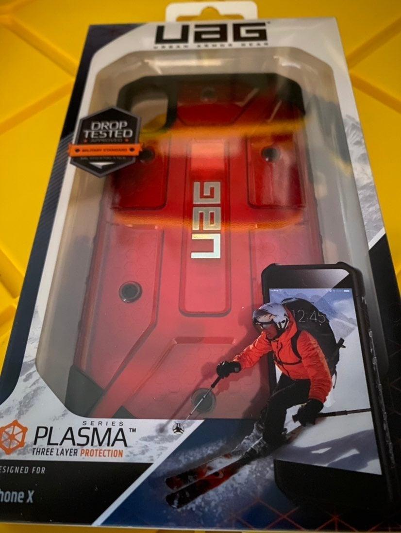 iPhone XS Case Red UAG Plasma