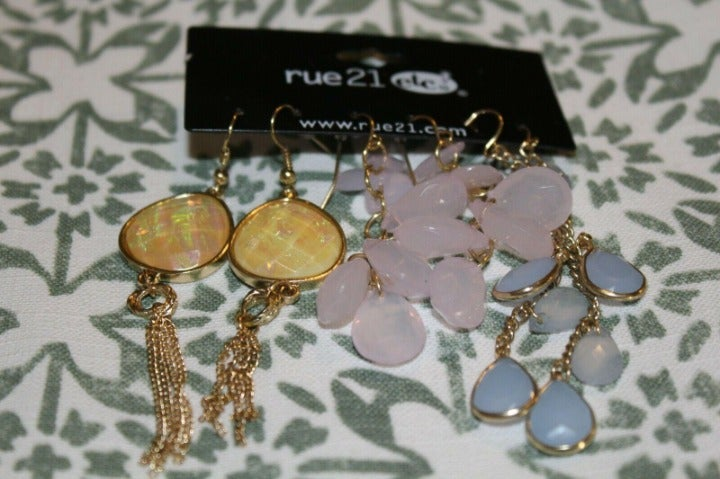 NWT Rue 21 gold earring set multi color