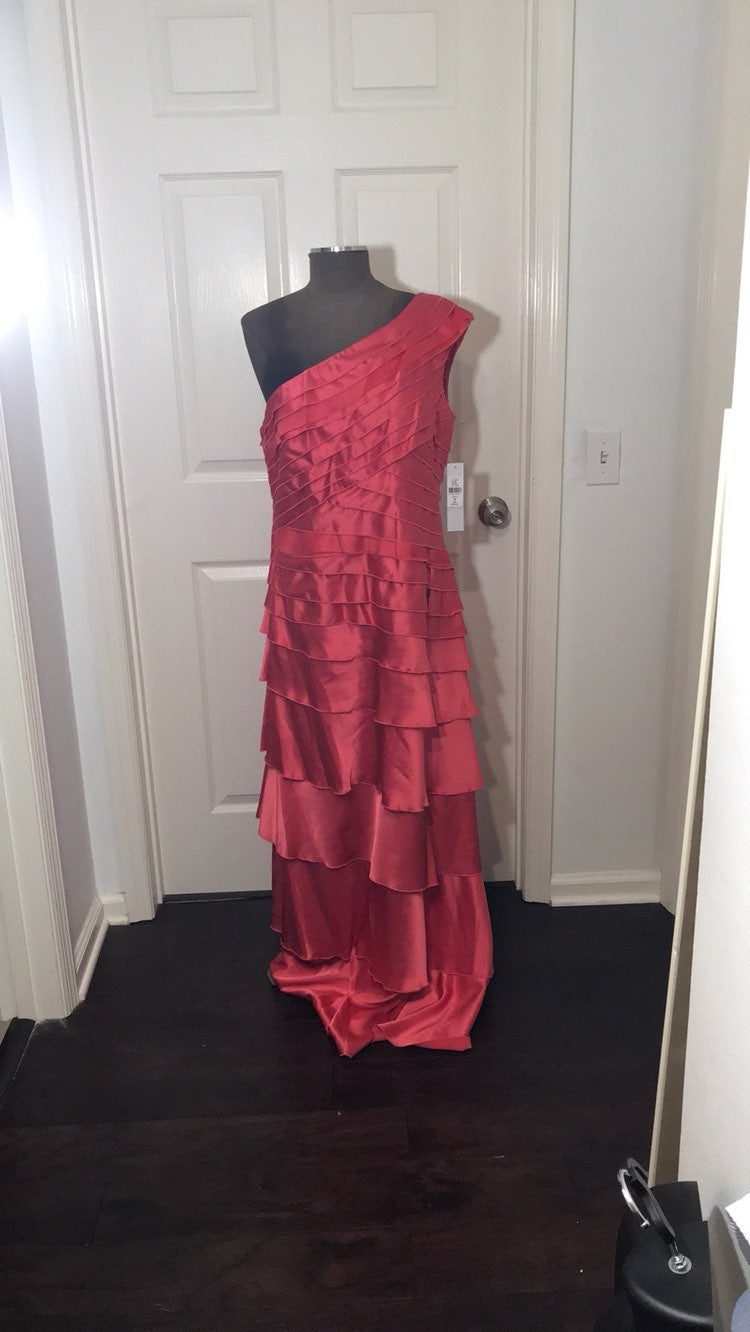 NWT Kay Unger Red Tiered Dress