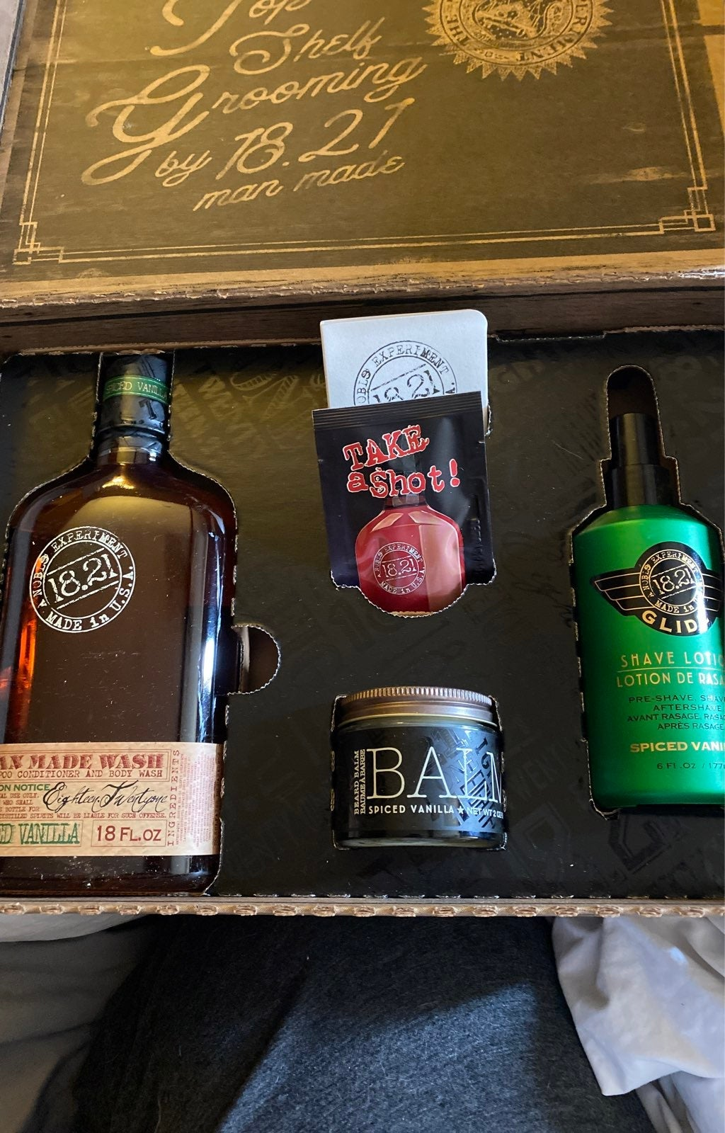 1821 mens grooming products lot