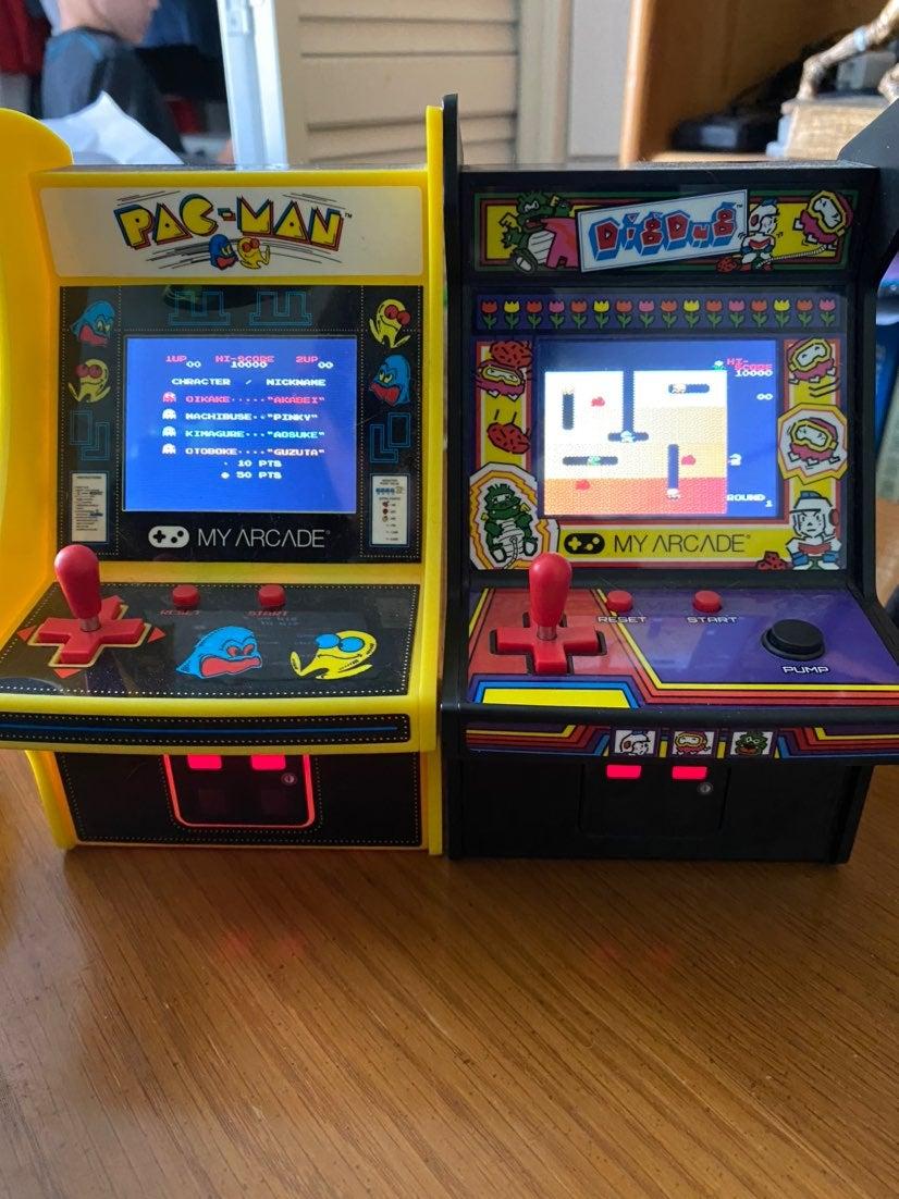 Pac man/Dig Dug mini Arcade