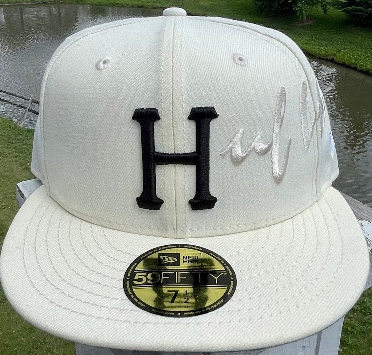 NEW ERA X HUF SCRIPTED 59FIFTY HAT