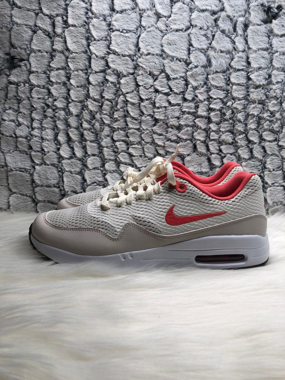 Nike Air Max 1 golf shoes