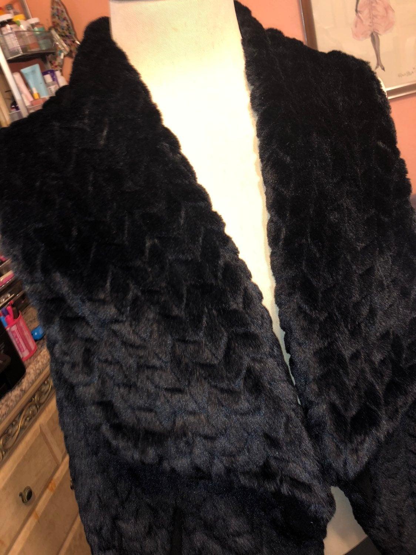 Joujou faux fur vest Size 2XL