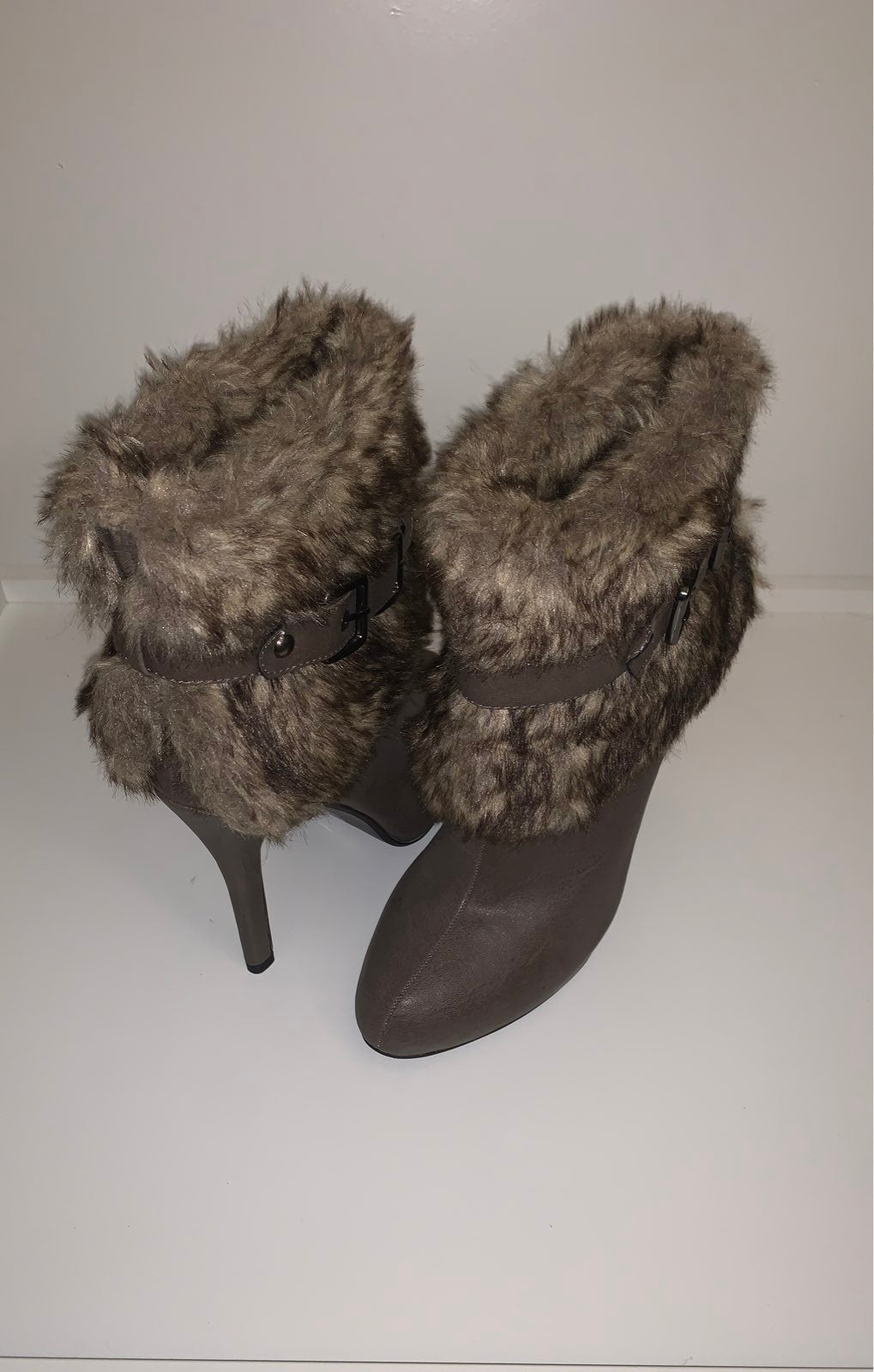 Sexy boots with fur size 6