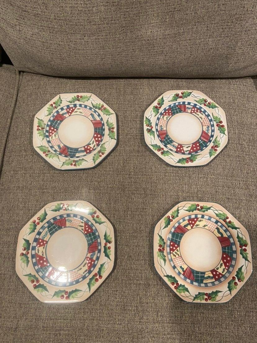 Vintage Christmas Salad Plates